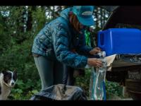 Platypus Big Zip EVO Hydration Reservoir   One-Handed Filling